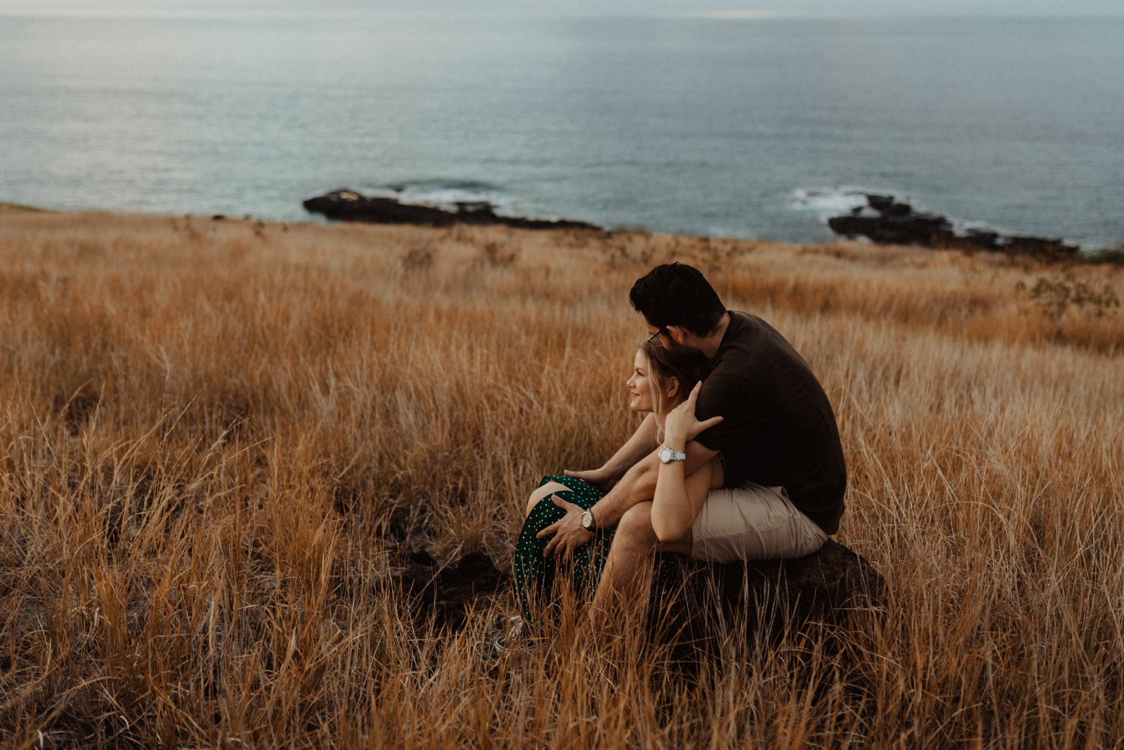 Engagement Session in the savannah of Reunion Island
